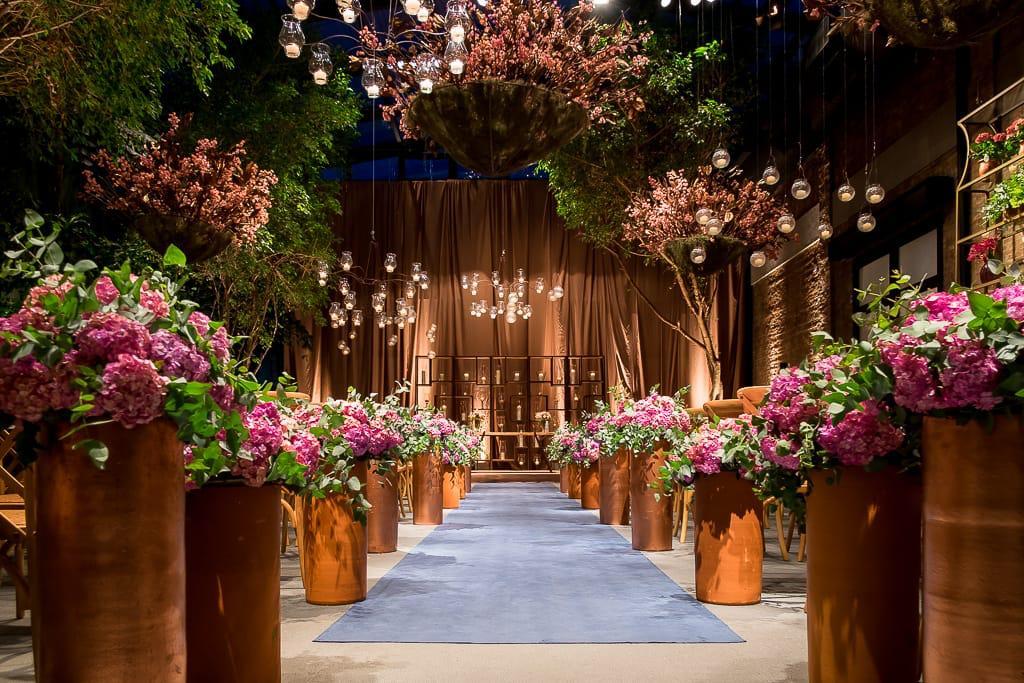 cerimônia com flores