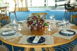 decoração para mesa dos convidados