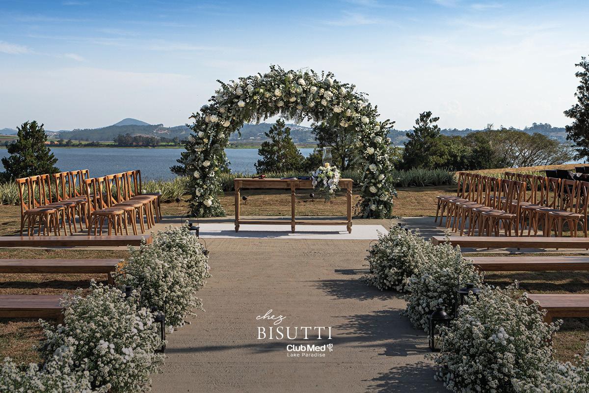 Cerimônia com vista para o lago